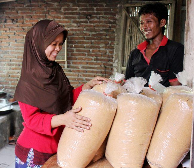 Gula Kelapa, Bisa Kok Menjadi Salah Satu Produk Bagus Yang Diminati Masyarakat