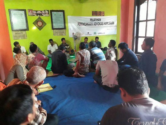 Pentingnya Pelatihan Advokasi Kebijakan Publik Bagi Komunitas Termarginalkan