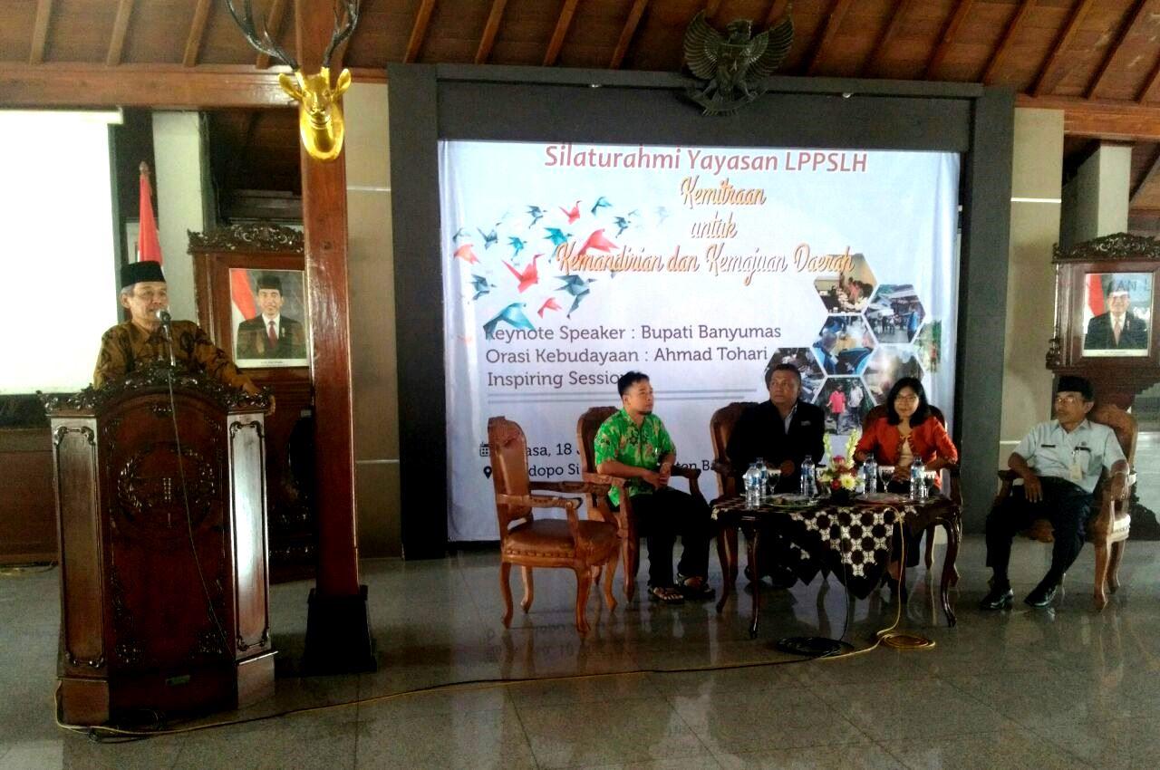 http://www.lppslh.or.id/artikel/silaturahmi-diaspora-yayasan-lppslh-ingatkan-kita-pentingnya-kemajuan-dan-kemandirian-daerah/