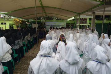 Antusiasme Dialog Santripreneur Dihadiri Oleh Lebih dari 400 Santri